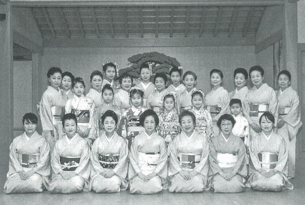 二代目西崎緑舞踊研究所敦賀支部