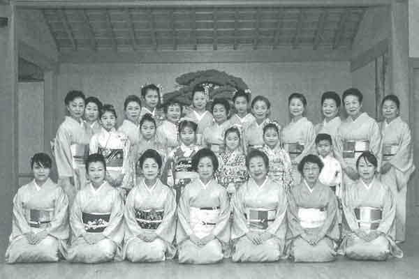 二代目西崎緑舞踊研究所
